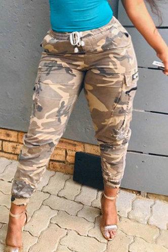 front_Lizzie Elsa Camo Plus Cargo Pants