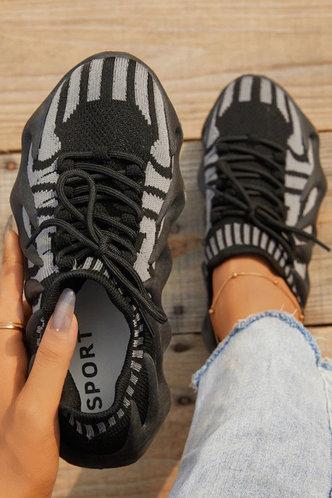 back_Colorblock   Flat Round Toe Black Sneakers