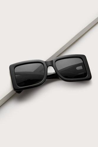 back_Gertrude Elizabeth Black Square Frame Sunglasses