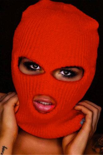 back_Peg Eunice Red Ski Mask