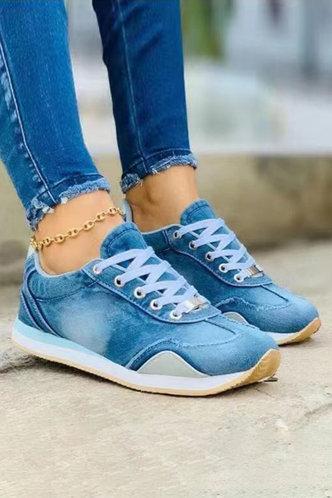 front_Tie Dye Flat Round Toe Light Blue Sneakers