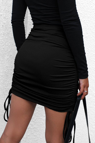 back_Doreen Black Ruched Skirt