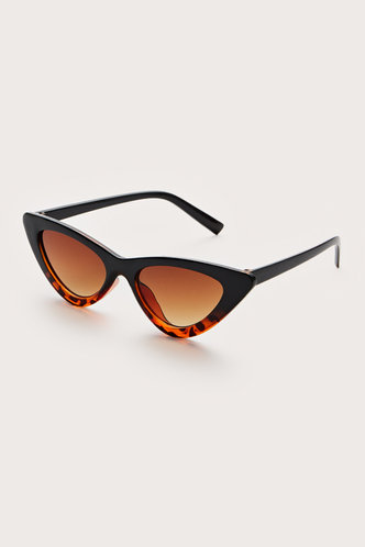 back_Sonya Eleanore Black Leopard Cat Eye Sunglasses