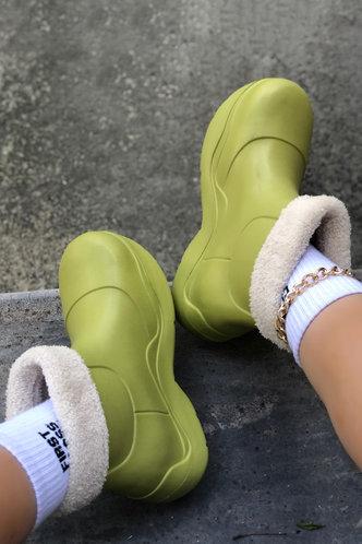 back_Plain Flat Round Toe Apple Green Boots