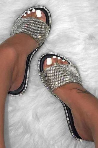 front_Angelou Elvira Black Slide Sandals