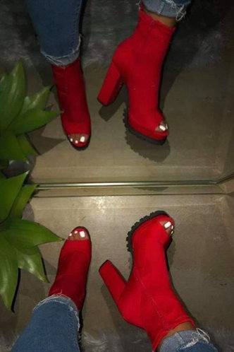 back_Mavis Eunice Red Boot