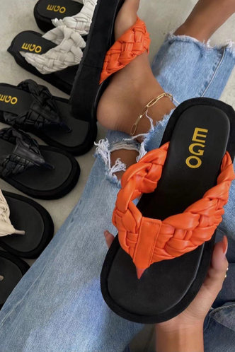 front_Georgia Interes Orange Thong Sandals