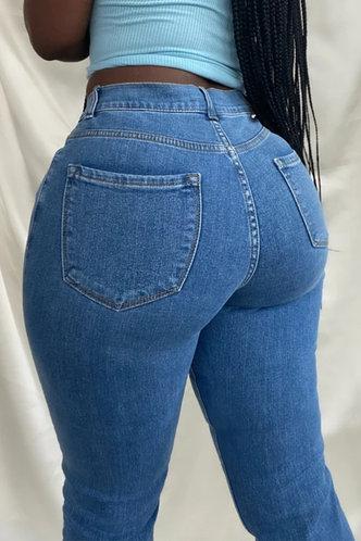 back_Mid Waist Plain Pocket Straight Leg Wash Blue Women Jeans