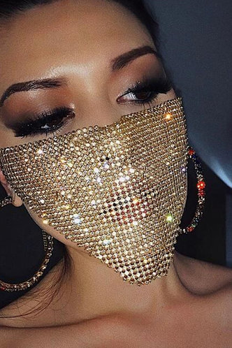 front_Cynthia Glaving Gold Face Mask 1pc
