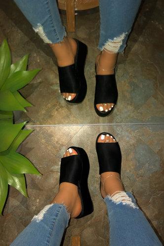 back_Hazel Montum Black Wedge Slides