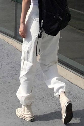 back_Florence Lumstel White Pants