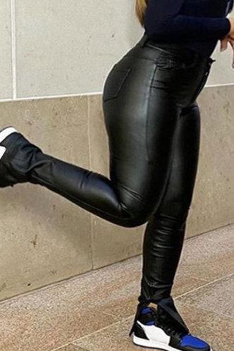 front_Giselle Esther Black Plus Pants