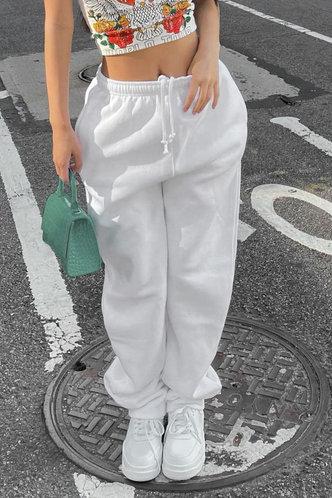 front_Plain Drawstring White Sweatpants