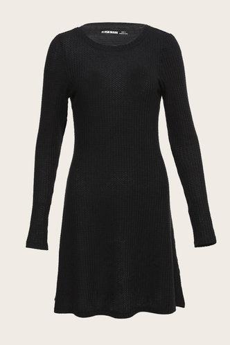 front_Beat Black Dress