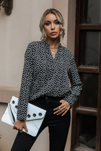 front_Neysa Black Ditsy Floral Blouses
