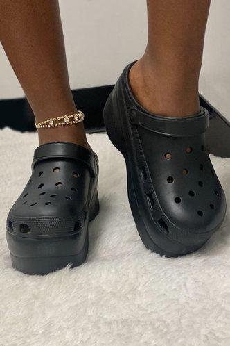 front_Ellen Eve Black Sandal