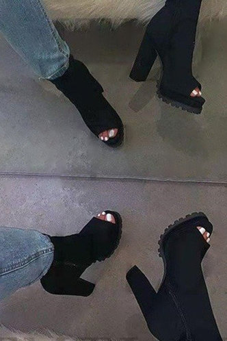front_Mavis Eunice Black Boot