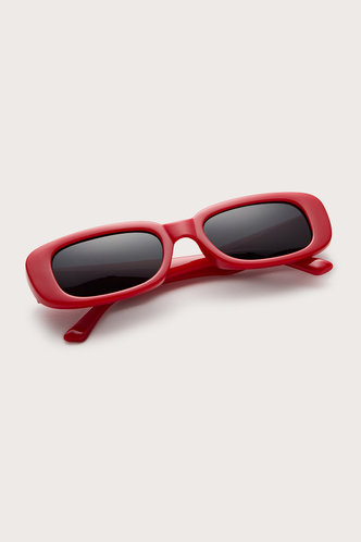 front_Tessa Eleanore Red Acrytic Frame Sunglasses