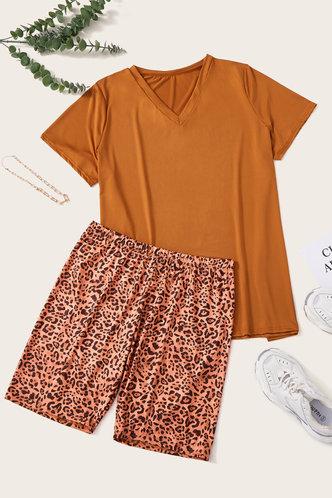 back_Delicia Eunice Leopard Print Plus Size Shorts Set
