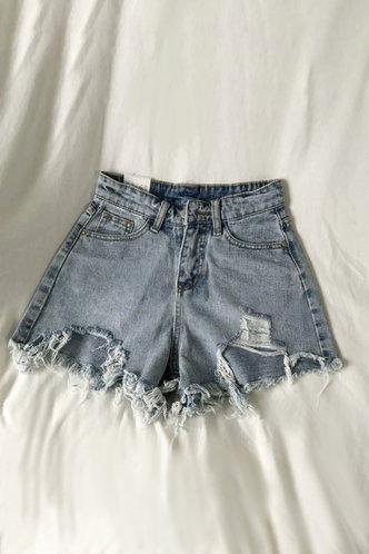front_Dorothy Pilk Wash Light Blue Denim Shorts