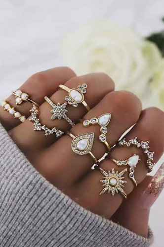 front_Muriel Eleanore Gold Rhinstone Charm Ring 10pcs