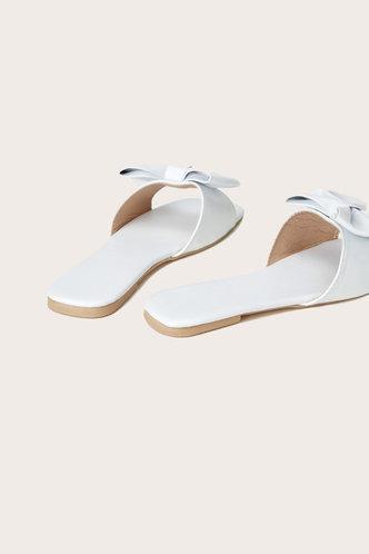 back_Sal Elma White Bowknot Decor Slide Sandals