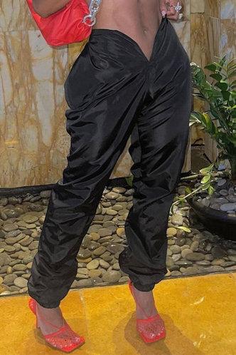 front_Mid Waist Plain Sweatpants Black Pants
