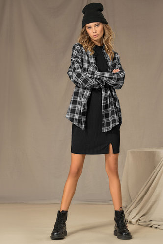 front_Borrowed Black And White Plaid Longline Blouse