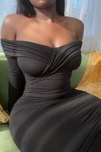 back_Carla Esther Black Off Shoulder Bodycon Dress