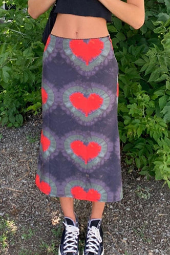 front_Edith Eartha Grey And Red Heart Print Skirt